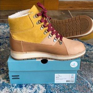 New Toms Mesa Boots. Waterproof